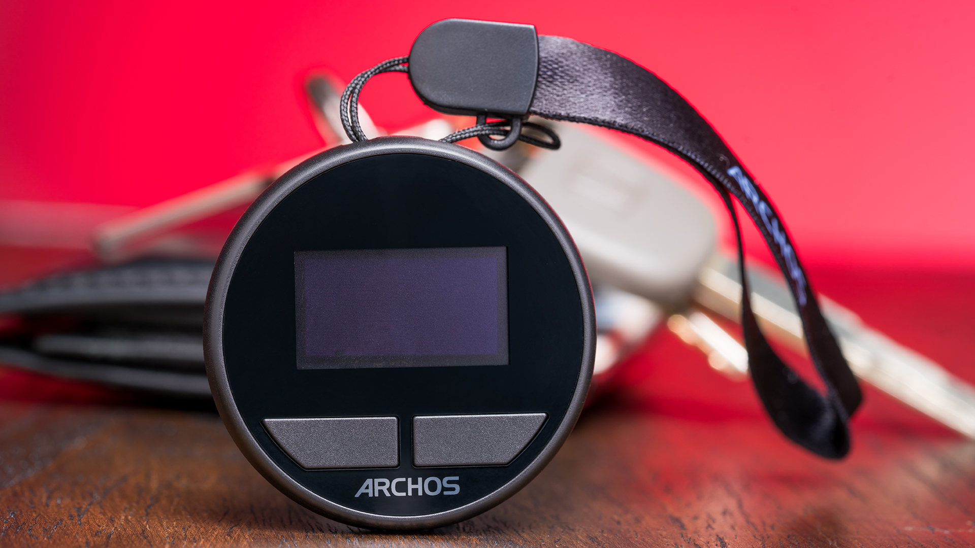 The Archos Safe-T: A Hardware Wallet to Store Your Crypto