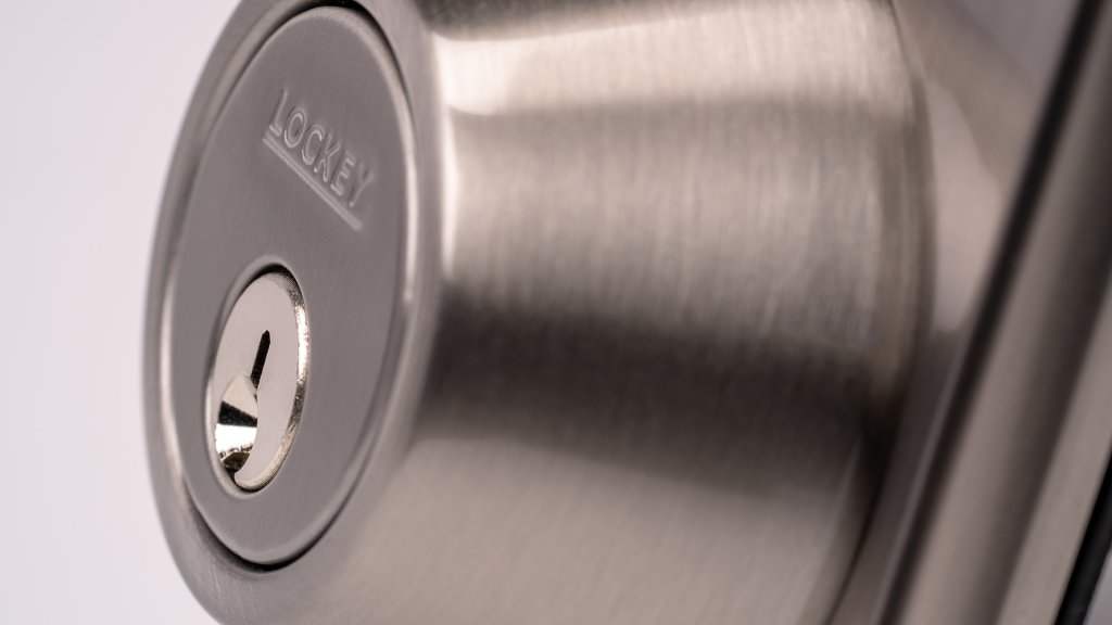 The LockeyUSA electronic locks use either a Kwikset keyway or a Schlage five-pin setup, which feature security pins to help prevent picking.,