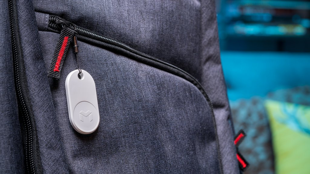 The Mynt ES is a more basic Bluetooth tracker, but its three times louder.