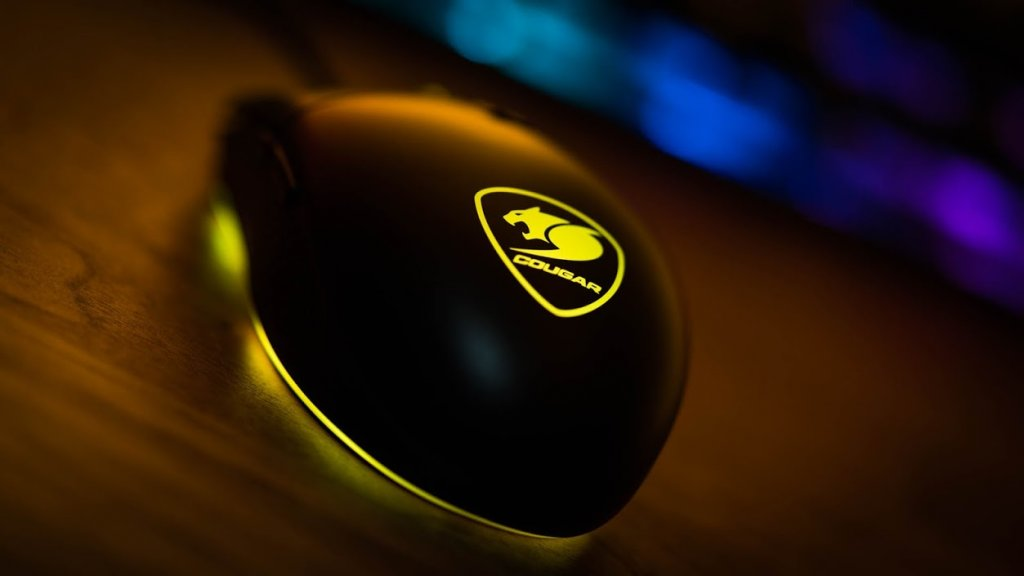 Cougar-DeathFire-keyboard-mouse-19