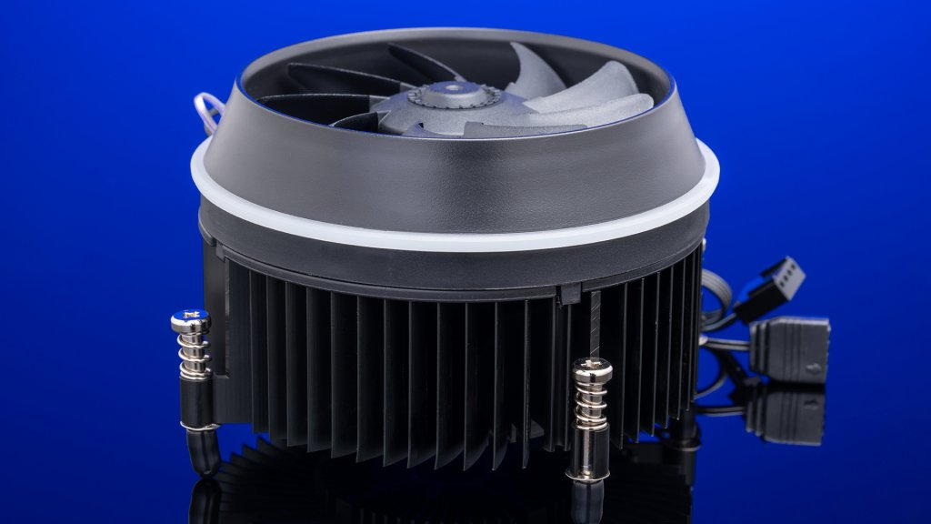Aigo's darkFlash CPU cooler leverages a 25-yr history of PC components manufacturing to deliver performance in a small package.