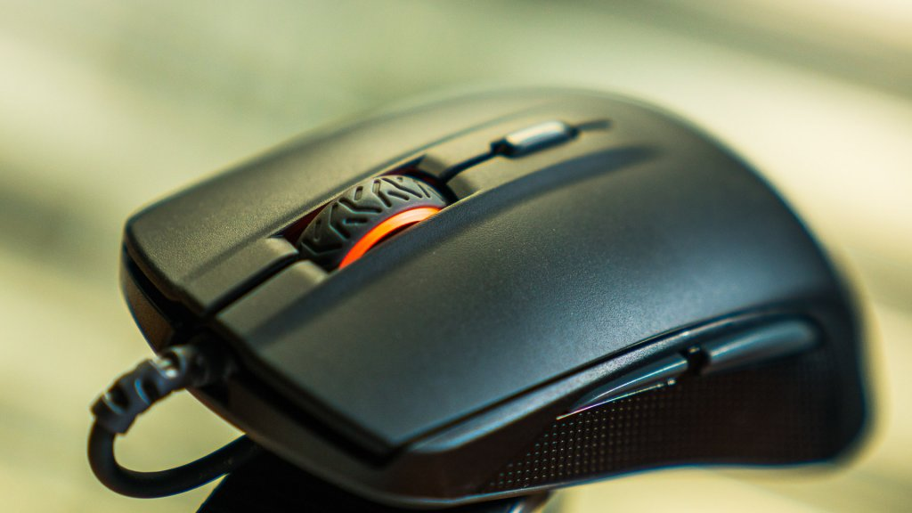 how to choose a mouse steelseries