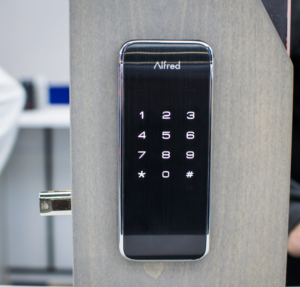 The Alfred DB2 smart lock is a relative newcomer to the Home Automation industry, but their home security focus comes with a side of finesse.