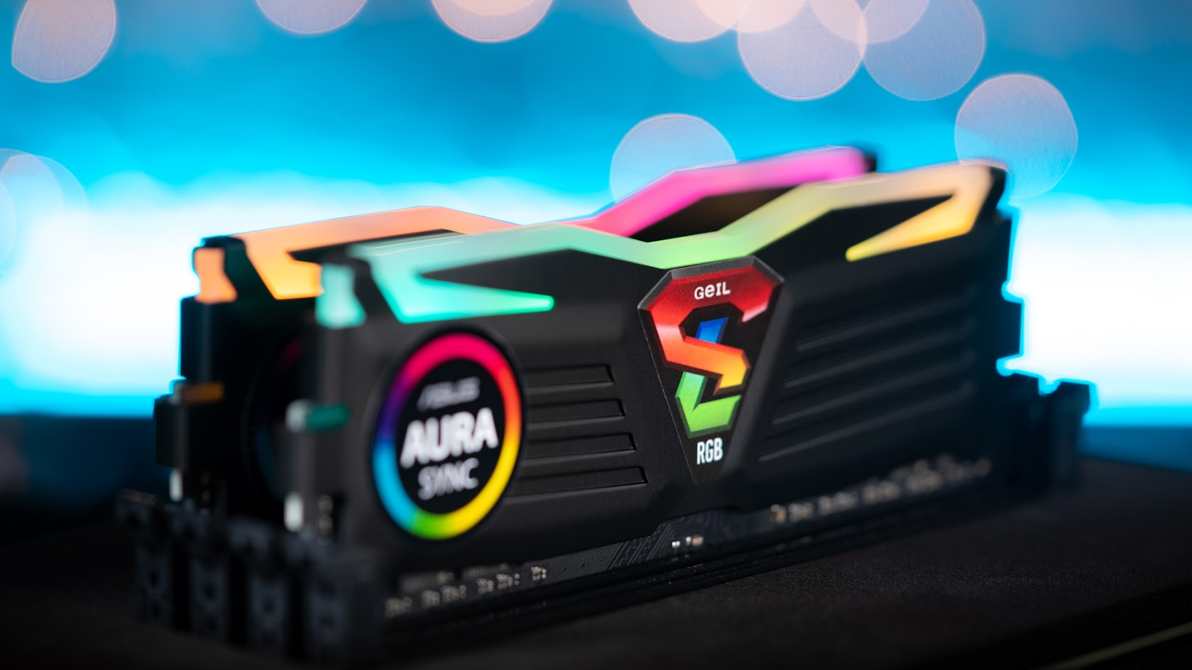 GeIL SUPER LUCE RGB SYNC AMD Edition
