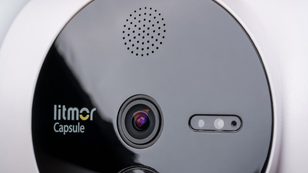 For imaging, Litmor Capsule houses a 2K camera with 180° FOV in all directions. HDR tech is also included for more clear coverage in varying illuminated spaces.