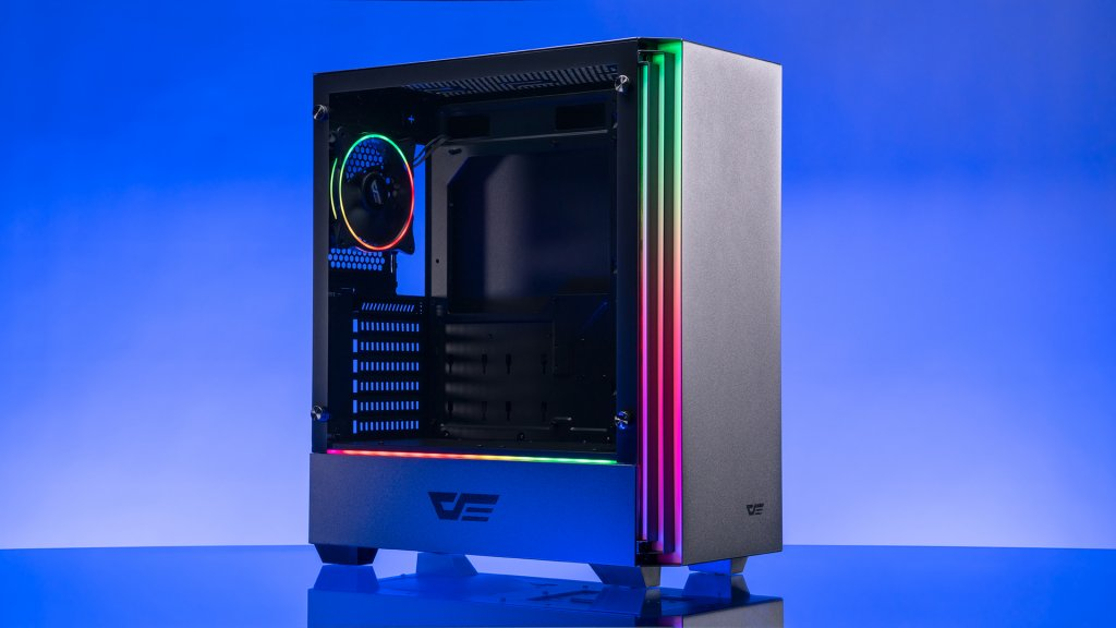 The darkFlash J11 case may be a minimalist case, but that doesn't mean it's lacking int he RGB department.