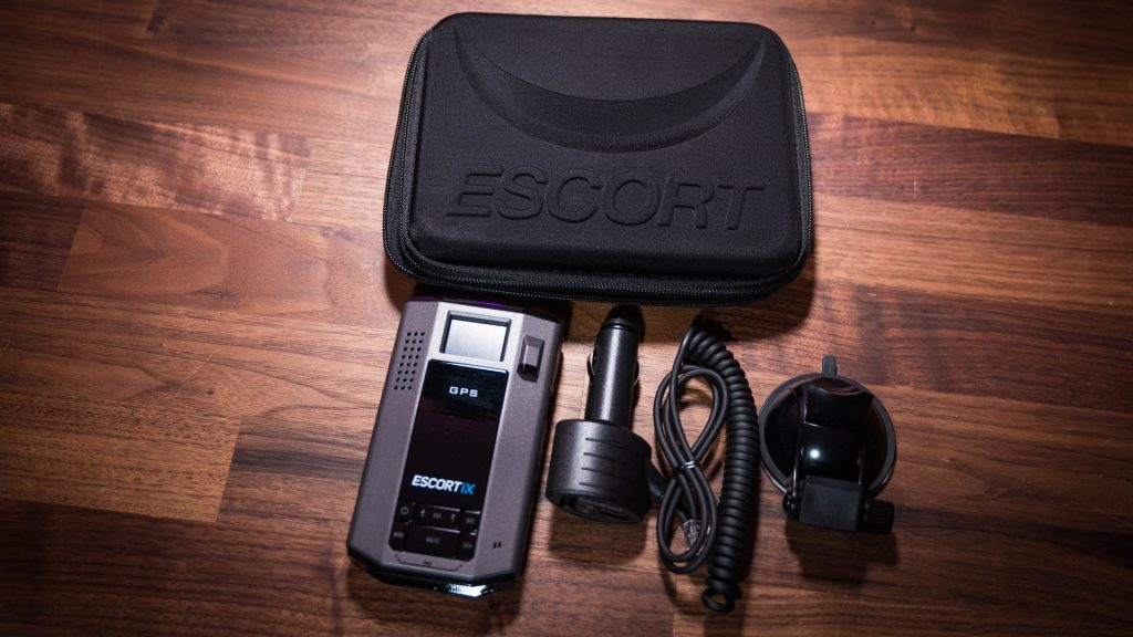 Hands-on: Escort iX Radar Detector - Newegg Insider